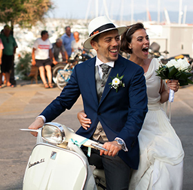 Chiara and Angelo get married in the island of Elba